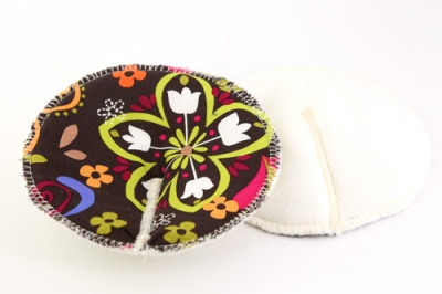 Eco Rainbow Contoured Breast Pads - Birds of Normandy